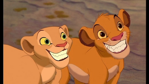 I think Nala and Sarafina have plain toes like the rest of their pelt is because the filmmakers wanted them more beautiful and more feminine than the others and more different rather than looking the same like Sarabi and the others, just like their ears that don't have the dark rings on them. when TLK 2 came out they made Kiara more like Simba except for her ears which she got it from Nala.