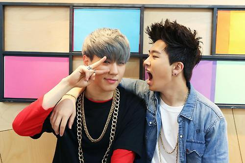 Youngjae is my bias <3 My सेकंड bias is the maknae that doesn't look like maknae, Yugyeom! :)