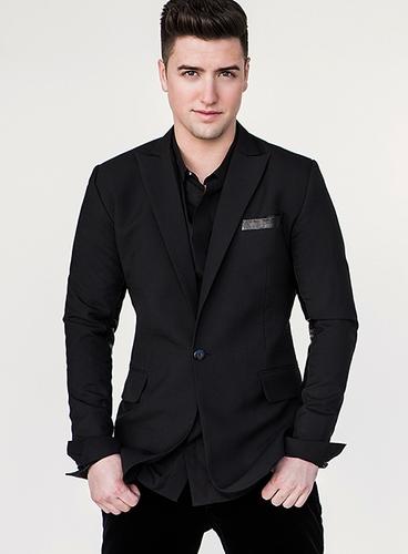 logan Henderson wearing black <333