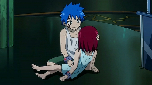 I know a lot of anime characters with sad pasts so I'll just name some that I know. -Jellal and Erza from Fairy Tail,They were forced to build the Tower of Heaven,where they were abused if they revolted which they did. Erza Lost her eye when she was getting tortured. Jellal took Erza's place and Erza lead a revolt to save him,but he was possessed and told her to leave the island and never come back when her revolt was successful. And I think that's pretty sad. Knowing that wewe made your Marafiki suffer is hard. -Some people from Higurashi no naku koro ni have sad pasts. -And Angel Beats. Yuri's story was sad how she had to see her siblings die. But yeah that's pretty much all I know at the juu of my head. Ugh the pic of little Jellal and Erza is so cuteee