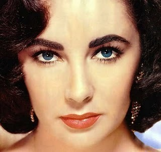"""Elizabeth Taylor. Overrated body... and her bright BLUE eyes are so overrated. That and the fact that her hair was naturally black and she had big knockers were what made her so appealing, plus she was a spoiled brat and a homewrecker, which appeals to disgusting Hollywood. THESE women were much madami beautiful: https://lovepurebeauty.files.wordpress.com/2013/03/audrey-2.jpg http://i1201.photobucket.com/albums/bb343/sashastubblefield/audreyhepburnbrowneyes.jpg (SUUUUUUUUUUUUCH better eyes too!) http://sprudge.com/wp-content/uploads/2014/08/600full-lauren-bacall2.jpg Elizabeth is hideously overrated. As is Kim Kardashian and tons of other boobalicious whore queens who get sa pamamagitan ng with their cleavage, heavily made-up """"temptress"""" staring and willingness to take their clothes off."""