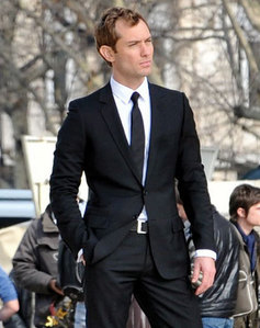 Jude looking suave in a suit and tie<3