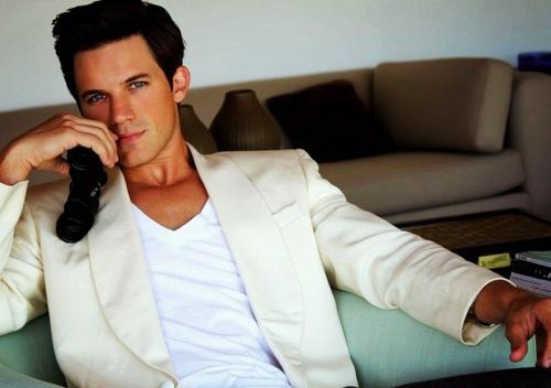 Matt Lanter in white<3