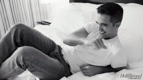 my yummy Rob in b&w<3