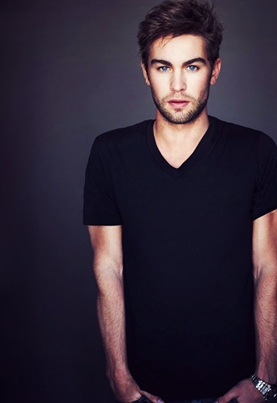 Chace Crawford in black<3