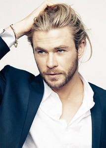 hot Hemsworth hair<3