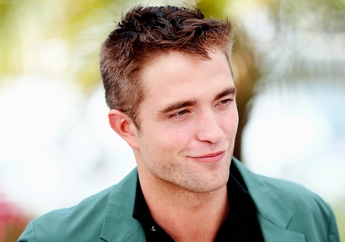 my British sweetheart... I may not have met him...yet...but Robert is one of the nicest guys I've ever seen<3