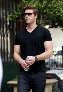Liam wearing black<3