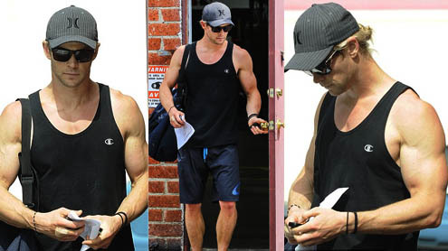Chris's sexy Thor-sized muscles<3