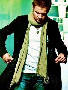 Jeremy wearing a scarf<3