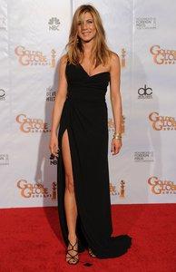 Jennifer looking so perfect in black <33333