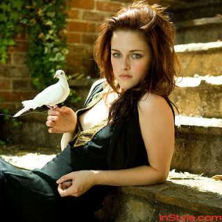 Kristen in black<3