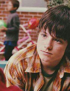 a younger Josh Hutcherson....awwwwww<3