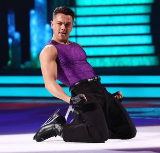 線, レイ Quinn on Dancing On Ice