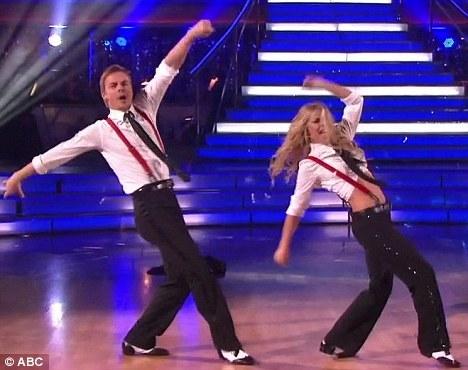 Derek and his sister Julianne Hough dancing<3