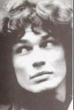 I'm sorry, I'm not going to mock tu for your beliefs but I just have to say that while I was lectura this I kept thinking about Richard Ramirez. Mainly because he's the only Satanist that I know of. Idk I just felt like mentioning that.