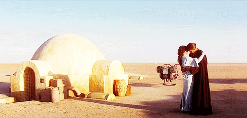 Hayden Christensen and Natalie Portman in Tunisia filming 별, 스타 Wars episode 2<3