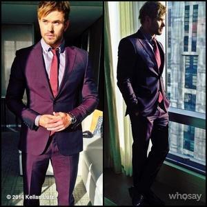 Kellan in a suit<3