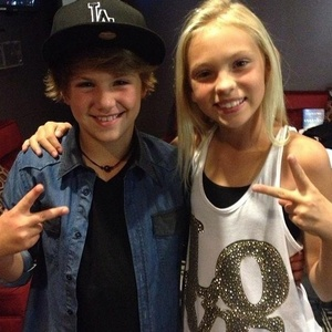 Does Mattyb Have Girlfriend Matty B S Girlfriend View Original