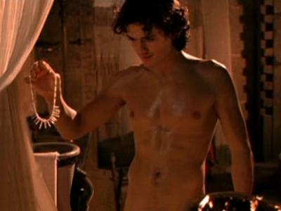 Orlando Bloom shirtless<3