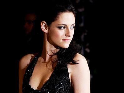I always find her stunning no matter what<3