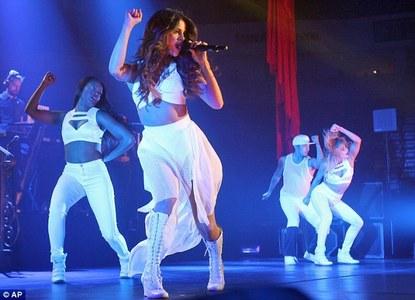 *______* Selena ♥