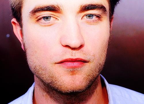 Robert's gorgeous eyebrows<3