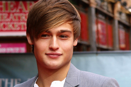 Douglas with light brown hair<3