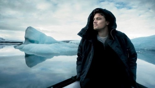 Leo with sky behind him.Watch out for that iceberg!!!!!!!!!!!<3