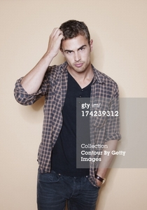 Theo looking theolicious in jeans<3