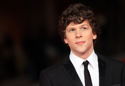 Jesse Eisenberg curly haired cutie<3