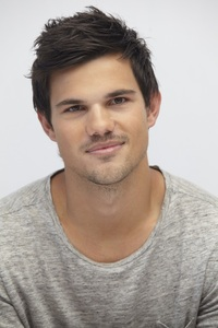 Taylor's sweet,gorgeous face<3