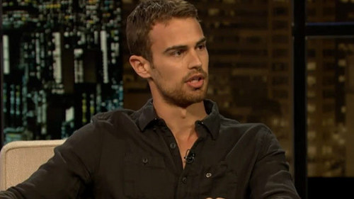 my other hotty,Theo not looking at us<33