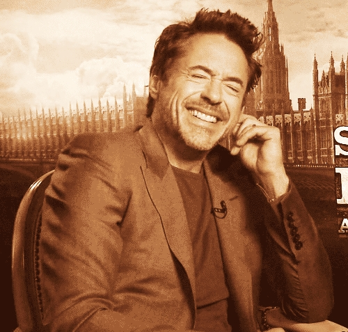 RDJ with a sweet smile<3