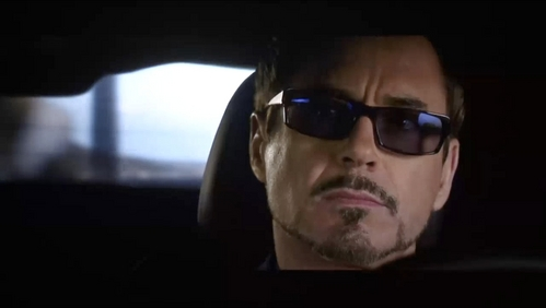 RDJ in cool shades<3