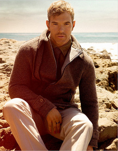Kellan on the সৈকত in a sweater<3