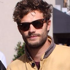 Jamie with curly hair<3