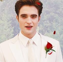 my white hot malaikat vampire<3