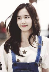 yoona so beautiful in every moment, but i just pick one of all her pic :) and this is it... (y) <3