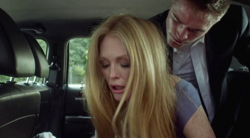 Robert having car sex with Julianne Moore in their movie,Maps to the Stars<3