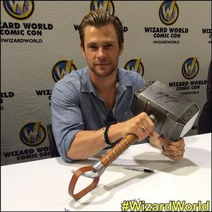 hei Chris...show us your hammer...XD<3