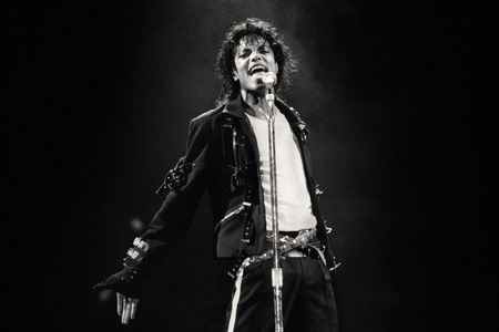 """About 5 months geleden , I wasn't even a fan of Michael , since I love the muziek life , I always like to listen to awesome artists. 5 months geleden , I thought of a guy called """"Michael Jackson"""" , I remembered me playing a game when I was a kid on pc called """"Michael Jackson - Moonwalker"""" , I also had heard so much about him and my friend could do the moonwalk sideways. So I finally opened youtube and typed """"Michael Jackson Moonwalk"""" , a video appeared """"Michael Jackson - Best Moonwalk Ever!!!"""" , I watched it and WOWWWW!! Oh my god , that was my first MJ video and I was amazed door his talent. I eventually searched """"Moonwalk song"""" and """"Billie Jean Lyrics"""" video appeared , I loved that song , even downloaded it. volgende dag I watched Dangerous from the same performance , oh god , my first inspiration ever! For some reason when I was on youtube , a video called """"A Place With No Name"""" was just geplaatst door Michael JacksonVEVO , fortunately I was on of the very First Commenters on this video :) I started watching other MJ videos and listening to his songs , I will honestly say in these 5 months , I almost forgot all other singers I loved , I am now a moonwalker , I can dance to Billie Jean and Dangerous and I can do a lot of other MJ moves. He's the best , the greatest entertainer that ever moved on earth :) I don't care about the disgusting and lying statements made about him in the purpose to earn money , he will always remain the legend and his legacy will remain forever and ever and ever! PS : Now I've watched every MJ muziek video and listened to a LOOOT of songs door him , all are wonderful! He's my idol now."""