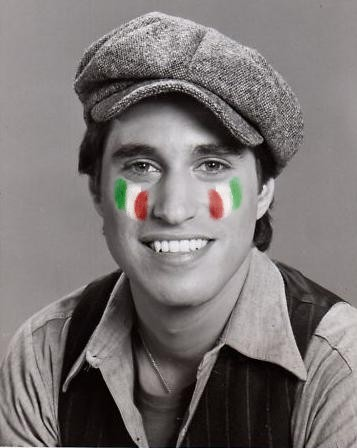 Joey in B&W with Italy flags painted on his cheeks <3333