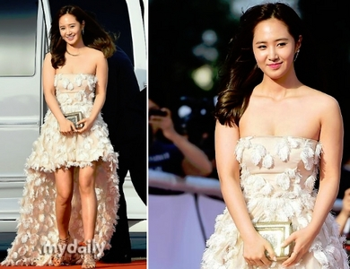 I think Yuri is not sexy she is fat look :(