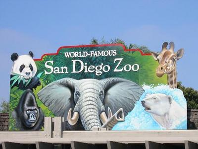 I live in San Diego Ca,which is famous for the weather(most of the year) and the World Famous San Diego Zoo,and for Comic Con International.