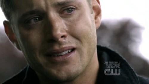 Jensen looking very emotional<3