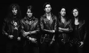 Tbh I can't think of a single BVB song I hate. :) I like The Morticians Daughter, Fallen Angels, Youth and Whiskey, लॉस्ट it all, In the end, Faithless, goodbye agony....Pretty much anything. :D