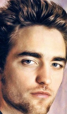 a gorgeous closeup of my handsome Robert<3