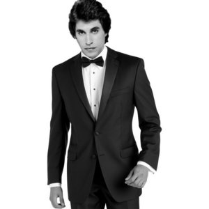 I picture Joey very handsome and gorgeous in his tux <33333