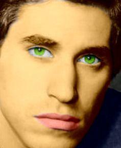 His eyes makes me melt <33333333333